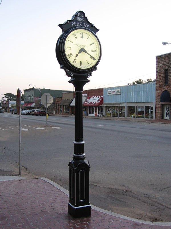 Small Two-Face Centennial Clockj